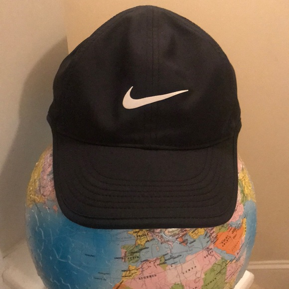 76904224b8f Nike Women s Featherlight Dri-fit Hat (price firm).  M 5a93944c31a37689ee1e5fb0. Other Accessories ...